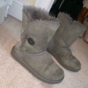Grey uggs with button